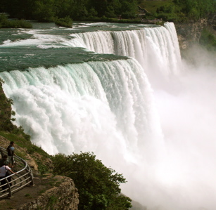 """Your life has the power of Niagara Falls when you're focused, dedicated and disciplined""""></p><p><p style="""